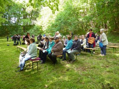 Foto des Albums: Himmelfahrtsgottesdienst am Teich in Graupzig (14.05.2015)