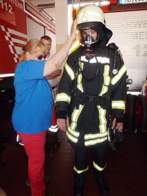 Fotoalbum Führhund Aktiv 2014 - Besuch Feuerwehr Bremen