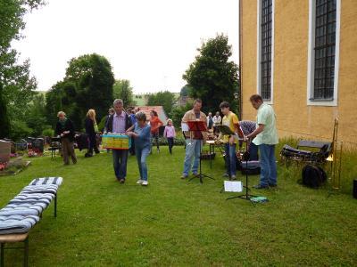 Foto des Albums: Johannisfeier in Planitz am 27.06.2015 (27.06.2015)