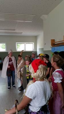 Foto des Albums: Abschiedsprogramm Klasse 6 (21.08.2015)