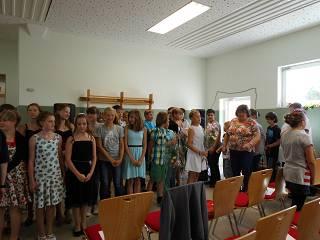 Foto des Albums: Klasse 6 Zeugnisausgabe und Verabschiedung (22.08.2015)