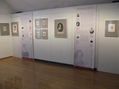 "Fotoalbum Ausstellung ""Nassauer Köpfe"""