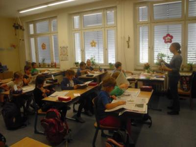 """Fotoalbum Projekt """"Schüler lesen Tageszeitung"""""""