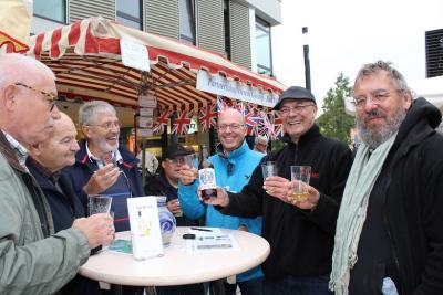 Fotoalbum Marktstand auf dem Niddaplatz