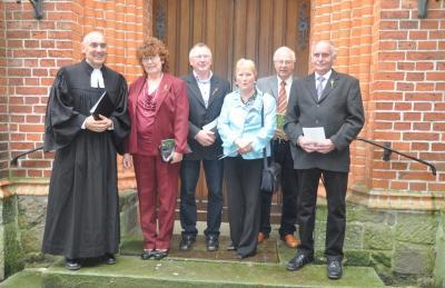 Fotoalbum Goldene Konfirmation in der evang. Kirche Elster