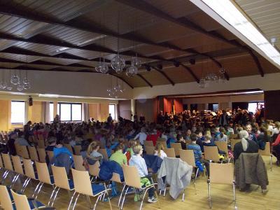 Fotoalbum Das Göttinger Symphonieorchester zu Gast bei den Grundschülern
