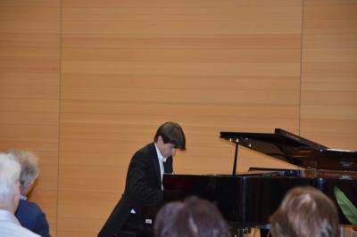 Fotoalbum Klavierkonzert mit Dr. Roman Salyutov