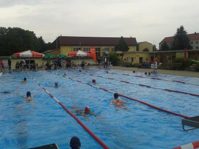 Fotoalbum 4. Tröbitzer 24 Stunden Schwimmen