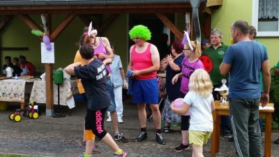 Fotoalbum Spiel, Sport und Spaß auf dem Schützenplatz - 2016