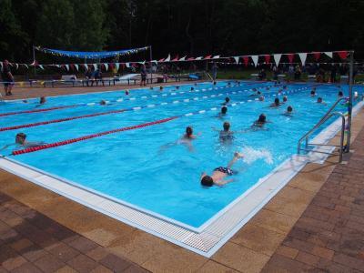 Fotoalbum 12 Stunden Schwimmen 2016