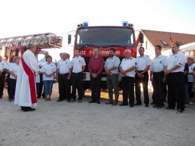 Fotoalbum Fahrzeugübergabe an die Feuerwehr Zsambek/Ungarn