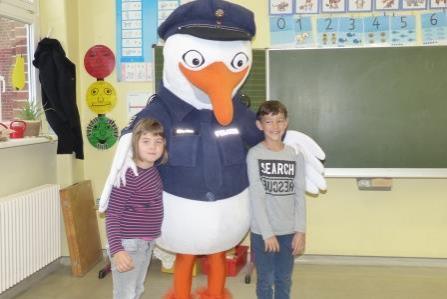 Foto der Galerie: PolizeiMöve besucht die ersten Klassen