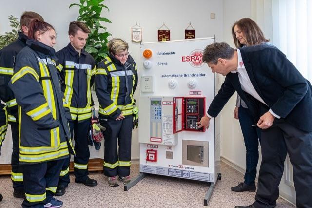 Foto der Galerie: Neue Brandmeldeanlage ermöglicht realitätsnahe Ausbildung junger Feuerwehrkameraden