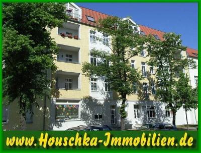 Wohn- und Geschäftshaus André-Pican-Straße 18