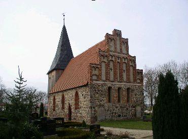 Feldsteinkirche in Blüthen