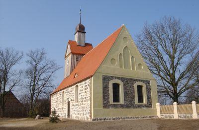 Kirche in Lögow