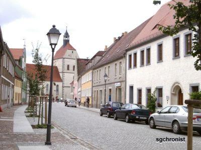 Mühlberger Kirchstraße mit Blick auf die Frauenkirche