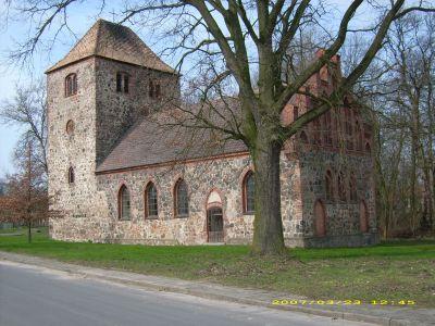 Kirche in Batzlow (Foto: Bernd Buchwaldt)