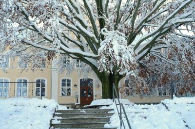 Grundschule Hilbersdorf im Winter 2013