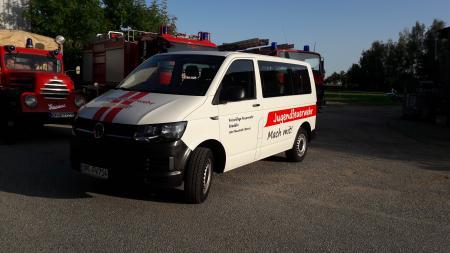 Transporter der freiwilligen Feuerwehr