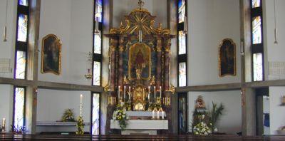 Kirche Weinberg - innen