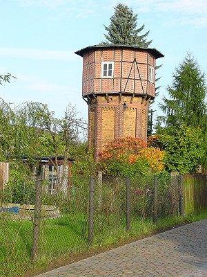 Achteckiger Wasserturm am Bhf