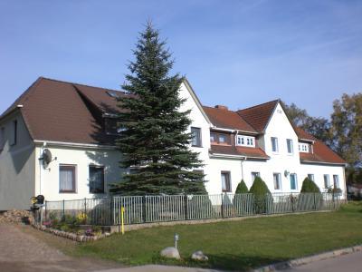 Die Dorfstraße in Lemmersdorf