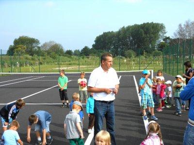Eröffnung der Sport- und Freizeitanlage bei der Peene am 11.7.2012 durch den Bürgermeister Willi Voß