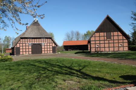 Heimathaus Kutenholz -Gesamtansicht Ensemble