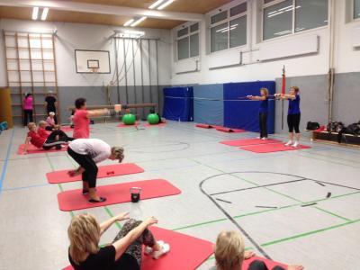 Gymnastik für Männer & Frauen