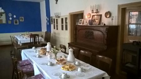 Kaffeetafel im Gasthof Wallitz