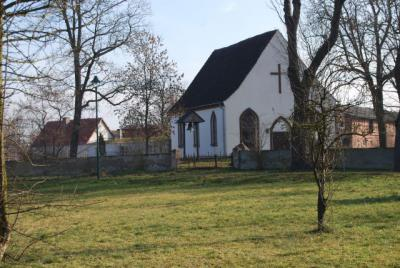 Kirche Möthlow