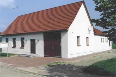Dorfgemeinschaftshaus / Feuerwehr
