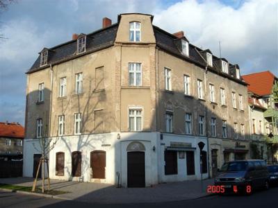 Objekt Pasteurstr. 26 in Potsdam-Babelsberg <br> vor der Sanierung im April 2005