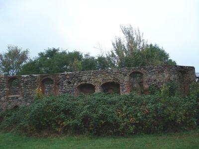 Kirchenruine in Ganzer