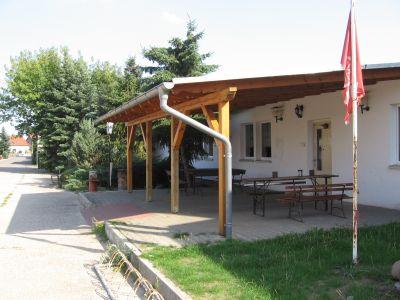 Mehrzweckgebäude mit Vereinsräume und Jugendclub