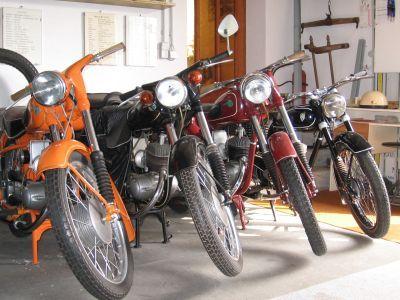 Musées de la moto etc. Motorradmuseum_in_schoenewalde