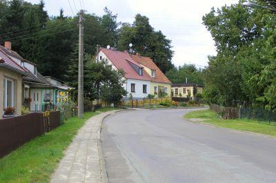 Dorfstraße nach Porep