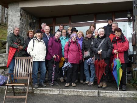 Die TV-Wandergruppe am Fuldaer Haus auf der Maulkuppe 2016