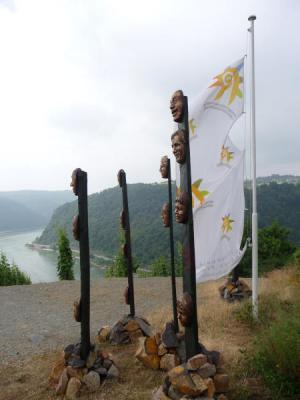 Der KLP am Rheinsteig mit Blick auf die Loreley