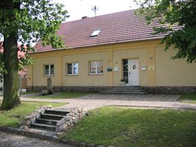 Seit 2003 befindet sich im Dachgeschoss der Kita das Bürger- und Vereinszentrum.