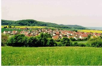 Blick auf Großlöbichau im Gleistal (Foto: Klaus Enkelmann)