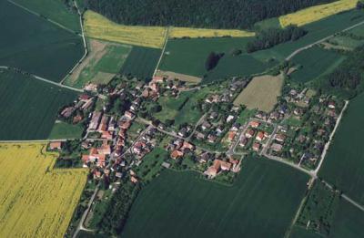 Luftbildansicht von Neu Eichenberg-Hermannrode