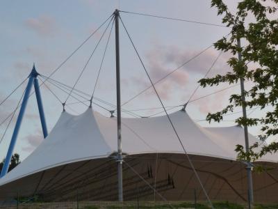 charakteristisches Amphitheater-Dach