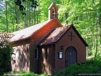 Waldkapelle Neuwühren Quelle: www.preetz-foto.de (c) Frank Dobbert
