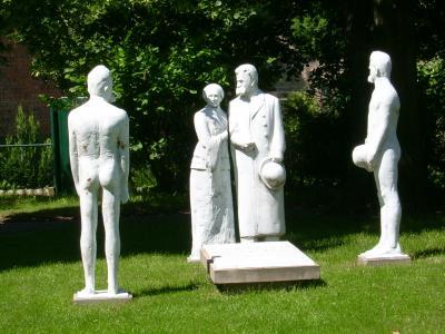 Skulpturengruppe Röckener Bacchanal / set of figurins