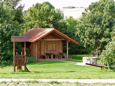 Grillhütte & Spielplatz Emeringen