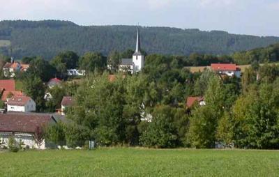 Hummendorf - Blick auf die Kirche