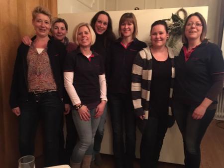 (von links: Iris Flägel, Tanja Alker, Mirja Sanne, Susanne Otte, Jessica Heliosch, Stefanie Wistuba, Maike Danger)