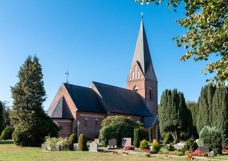 St.-Petrus-Kirche Eggebek (Bild: Stephan Treitler)